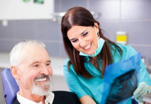 Your dentist for dental implants in Phoenix.